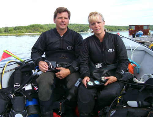 Kathy and Dave Brush wearing diving gear